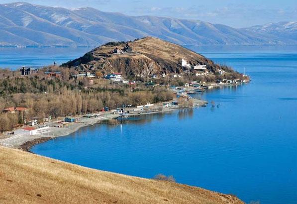 بحيرة سيفان
