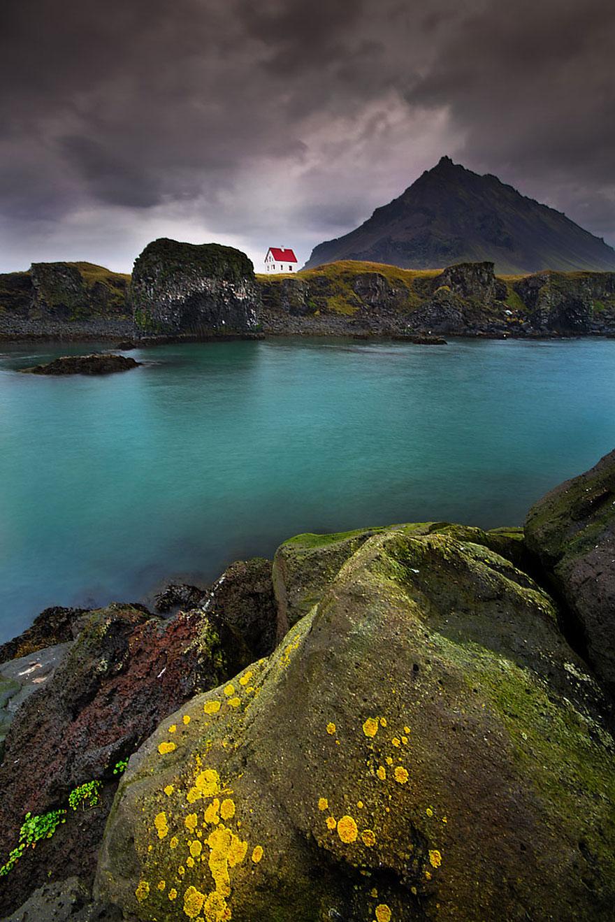 منزل في شبه جزيرة سنيفلنز في آيسلندا