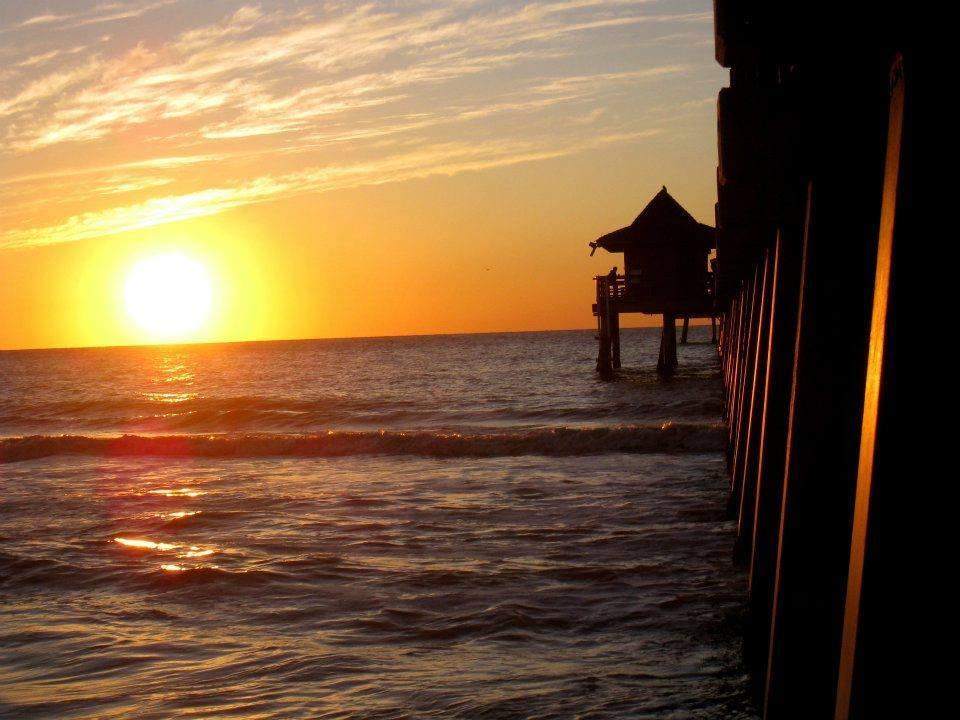 بالصور: مشاهد مذهلة لشروق وغروب الشمس حول العالم