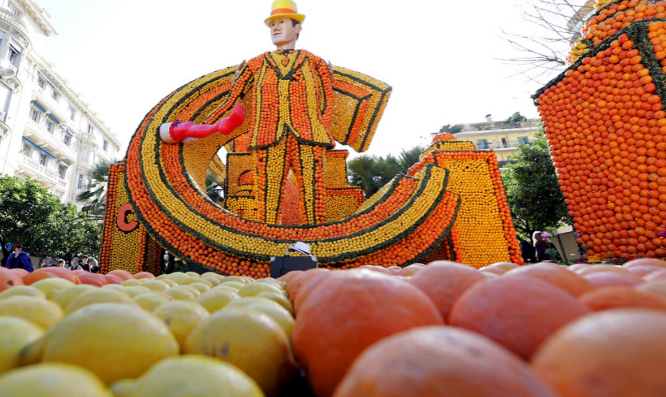 """بالصور.. فن وإبداع مهرجان """"اللّيمون"""" بـ""""منتون"""" الفرنسية"""