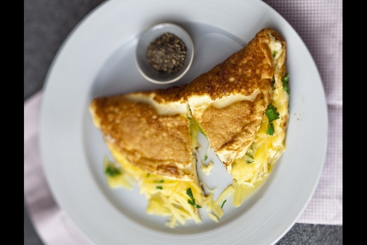 وصفة لتحضير العجة المقلية بالجبنة البيضاء