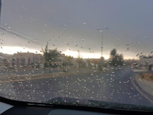 أمطار الخير في مدينة العين على جبل حفيت وعين الفايضة